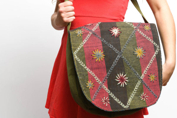 Green and red shoulder bag – practical for school, university, shopping from Sandmade