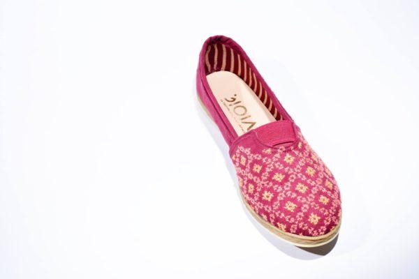 Handbestickter Slipper Pink Ornament aus Jordanien